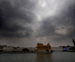 Clouds over Golden Temple