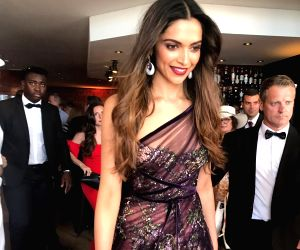 Poised, loose-tressed Deepika slays it at Cannes red carpet