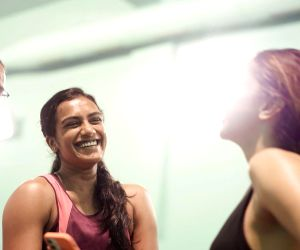 Deepika posts pics from badminton session with PV Sindhu