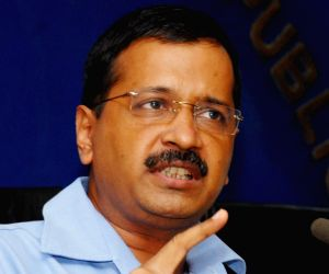 Gather evidence against corrupt officials, Delhi CM tells Ministers