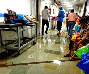 Delhi gears up for 3rd wave, makeshift hospitals to remain in standby mode