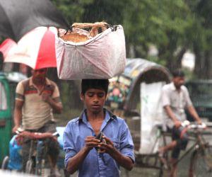 Dhaka (Bangladesh): Rains lash Dhaka