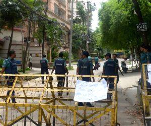 BANGLADESH DHAKA CAFE ATTACK TIGHT SECURITY
