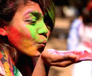 BANGLADESH DHAKA HOLI FESTIVAL