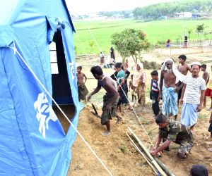 Canal cleaning to shield Bangladeshis, Rohingya refugees from monsoons: UN