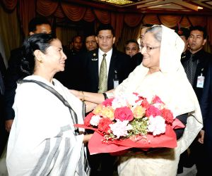 Mamata Banarjee and Sheikh Hasina at Ganabhaban