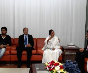 Dhaka (Bangladesh): WB CM arrives in Dhaka