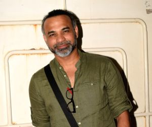 Unless we experiment, we cannot grow creatively: Abhinay Deo
