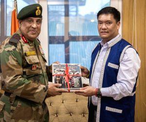 Itanagar (Arunachal Pradesh): Assam Rifles DG calls on Arunachal CM