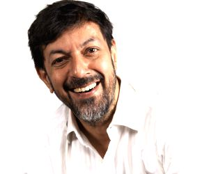 Like it or not, this is Rajat Kapoor's 'As You Like It' ()