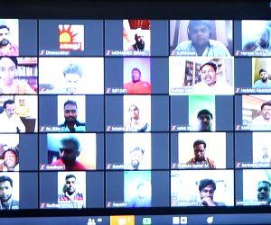 Free Photo: DMK starts campaign