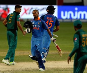 Top 5 controversial moments in Ind-Pak encounters
