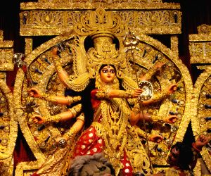 Ekdalia Evergreen Club Durga Puja