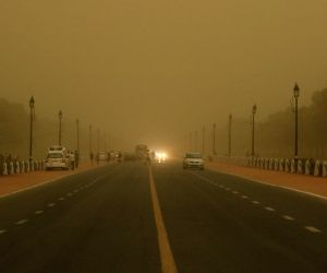 Dust storm hits national capital
