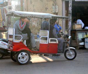 Discover Agra beyond the Taj - in electric rickshaws