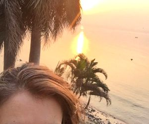 Elizabeth Hurley finds 'bliss' in India ()