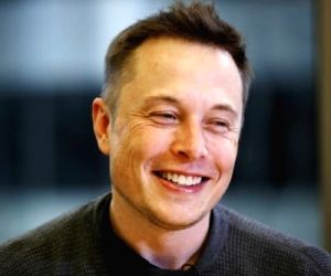 Musk working with top financial firms to take Tesla private