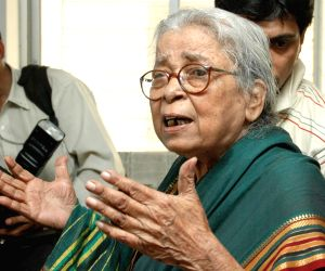 Eminent writer Mahasweta Devi passes away