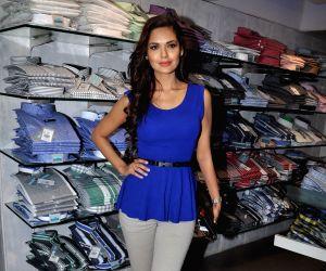 Emraan and Esha Gupta promote Jannat 2