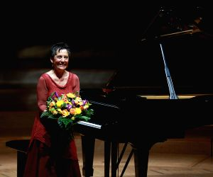 Maria Joao Pires at Philharmonie Essen