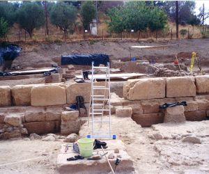 GREECE EVIA SANCTUARY UNEARTHING