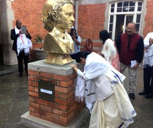 External Affairs Minister Sushma Swaraj inaugurates the two-sided bust of Mahatma Gandhi at Pietermaritzburg railway station, South Africa on June 7, 2018.