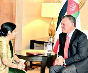 Sushma Swaraj meets King of Jordan