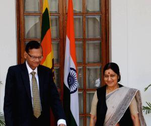 Sushma Swaraj meets Sri Lankan Foreign Minister