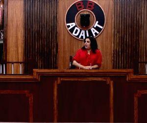 What are Farah Khan and Karishma Tanna doing in 'Bigg Boss 13' house?