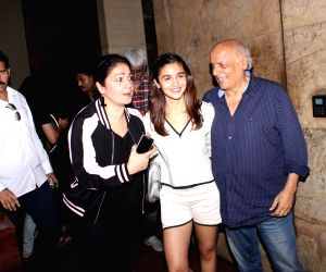 Mahesh Bhatt turns 70, will return to direction with 'Sadak 2'