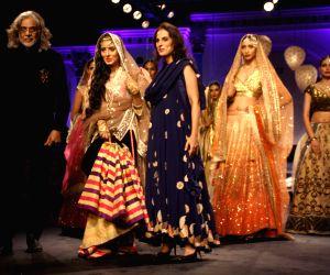 BMW India Bridal Fashion Week 2014 - Meera Muzaffar Ali