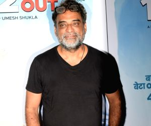 "Special screening of film ""102 Not Out"" - R. Balki"