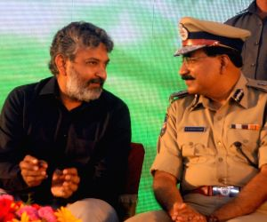 Traffic Awareness programme - Allu Arjun, SS Rajamouli