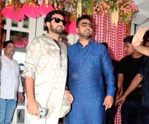 Bipasha Basu's pre-wedding mehendi ceremony