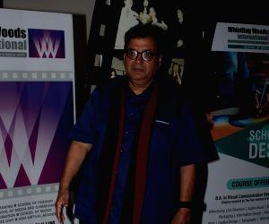 Singer Alka Yagnik visit at Whistling Woods International Institute