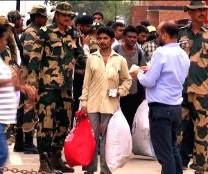 Pakistan releases 78 Indian fishermen