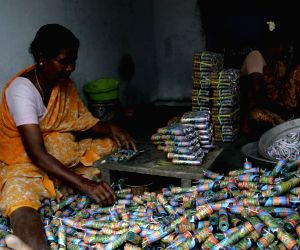 K'taka issues guidelines to firecracker sellers ahead of Deepavali