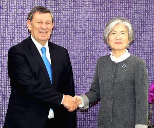 FM meets Uruguayan counterpart