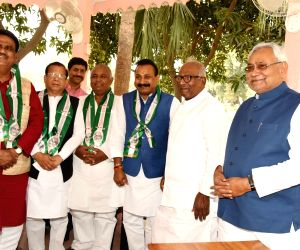 Former Congress leader Ashok Choudhry joins JD-U in the presence of party chief and Bihar Chief Minister Nitish kumar in Patna on Mar 1, 2018.