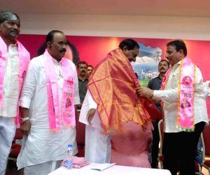 Telangana CM hints at early polls