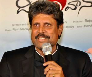 Kapil Dev during press conference of 'Dil Deewana'