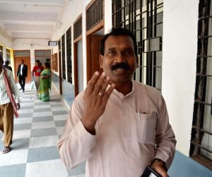 Former Jharkhand Chief Minister Madhu Koda arrives to appear before a special CBI court in Ranchi on June 26, 2018.