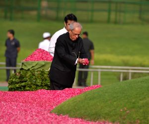 Former President Pranab Mukherjee pays tribute to Former Prime Minister Jawaharlal Nehru on his death anniversary at Shanti Van in New Delhi, on May 27, 2018.