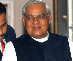 Vajpayee's politics was unprecedented: Pakistani daily