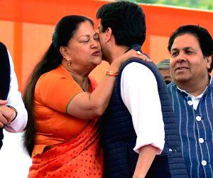 Vasundhara Raje at Ashok Gehlot, Sachin Pilot's swearing-in ceremony