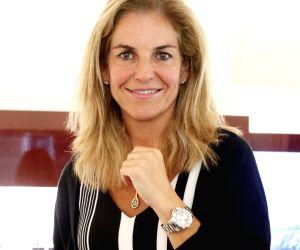 Arantxa Sanchez Vicario unveils Longines' Ronald Garros Timepiece