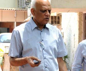 Accused in 2G spectrum allocation case