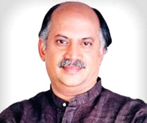 Ex-Union Minister Gurudas Kamat dead, Congress stunned