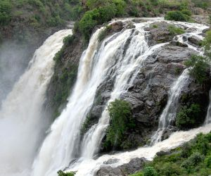 Gaganachukki waterfall