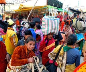 Pilgrims arrive at Gangasagar island ahead of Makar Sankranti